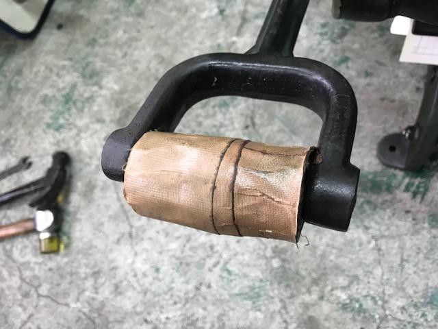 手フートのハンドル交換
